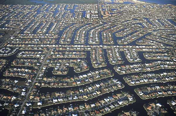 home-canal-aerial