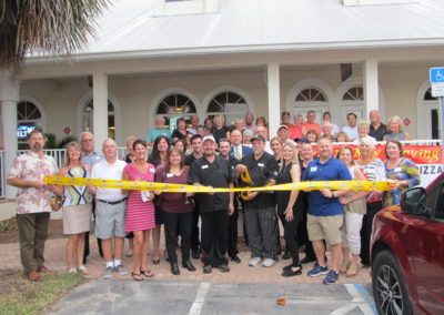 ribbon-cutting-at-vics-primo-pizza-004